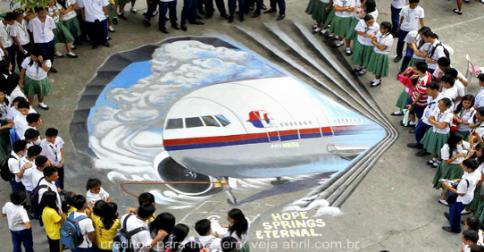 O primeiro-Criador comenta sobre o voo 370 e a luta da Luz contra as trevas