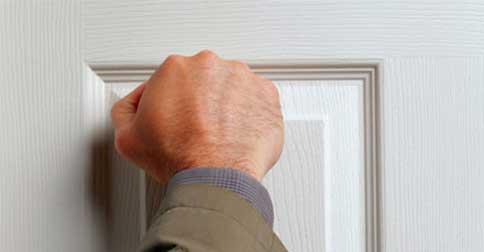 A Redenção bate as vossas portas