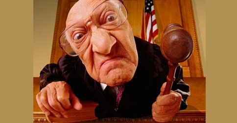 Deixe de alimentar as crenças através da energia do julgamento