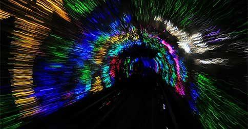 O túnel do tempo está abrindo a porta para as nossas memórias