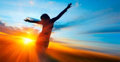 Permanecer, vibrar, ser, estar e fazer parte da energia da Luz é o propósito deste momento