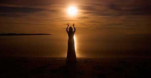 Velhas almas, despertem para si e para o outro