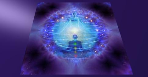 Sejam criadores do raio dourado da sabedoria interna
