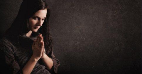 O significado da oração na Nova Era