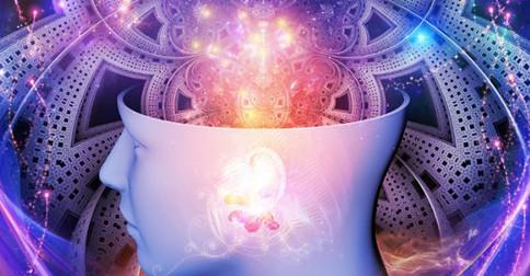 Você é pura luz consciente instalada dentro de seu corpo