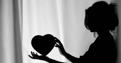 """Cada coração está sendo chamado a dizer """"sim"""" - """"sim"""" ao Amo"""