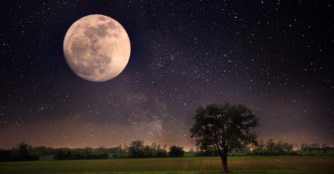 Outubro - Mais uma lua nova no final do mês