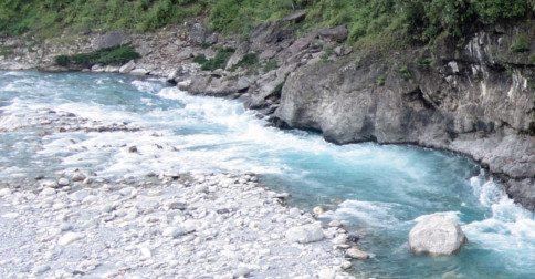 Divina Maria - deixe-se levar pelo rio de Luz que corre em velocidade acelerada