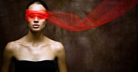 O véu de ilusão, pouco a pouco vai sendo retirado