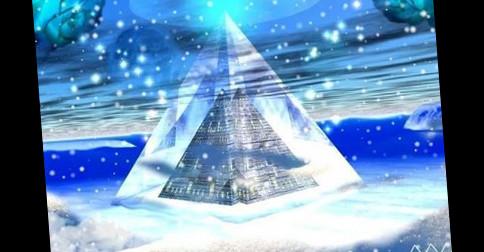 Pirâmide de cristal está liberando energia maciça dos tempos antigos