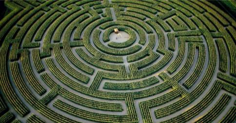 No centro do Labirinto, há um despertar completo