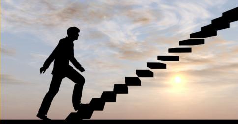 Precisa mesmo alcançar um certo nível de realização antes de poderem servir ao bem maior?