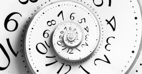 As partículas subatômicas desprezam o tempo