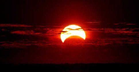 A poderosa série de Eclipses