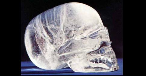 Os Crânios de Cristal