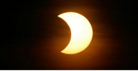 O que é e como o eclipse lunar nos influencia em nossas vidas