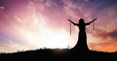 Os votos de vidas passadas precisam ser renunciados, a fim de que você se liberte