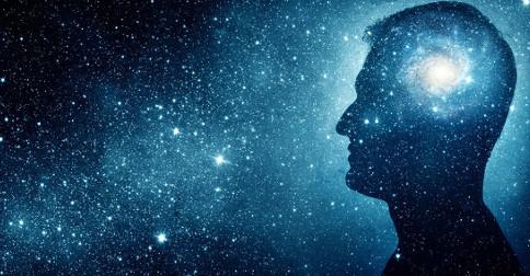 As infinitas facetas do Criador