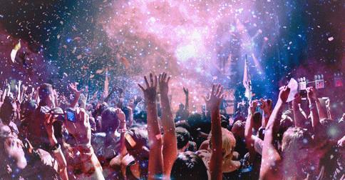Hoje é um grande dia que está sendo festejado por toda a galáxia – Hoje um novo ciclo começou
