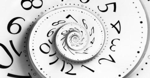 Conscientemente deixe de lado o conceito de tempo