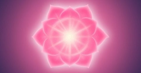 Divina Maria - estamos recebendo Divinas codificações do poder feminino