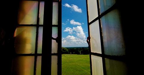 Quando Deus fecha uma porta, Ele abre uma janela