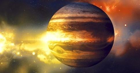 Uau, agora Júpiter se unindo aos outros planetas retrógrados