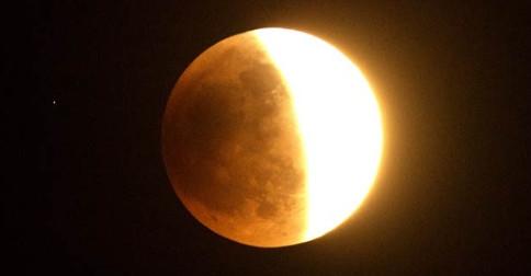 Os eclipses cósmicos de junho 2020